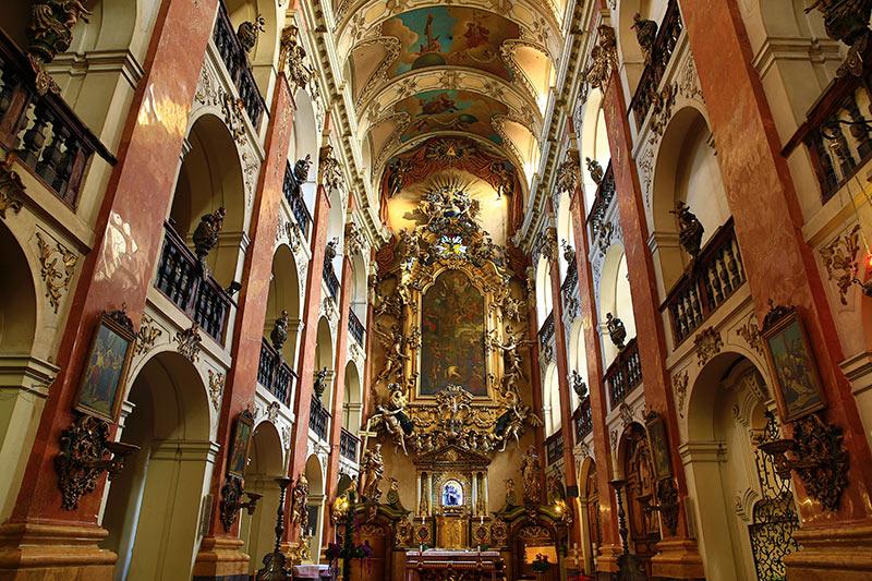 Церковь Святого Якуба, вид изнутри