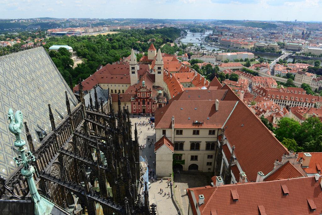 Вид на Прагу с Большой Южной башни св. Вита